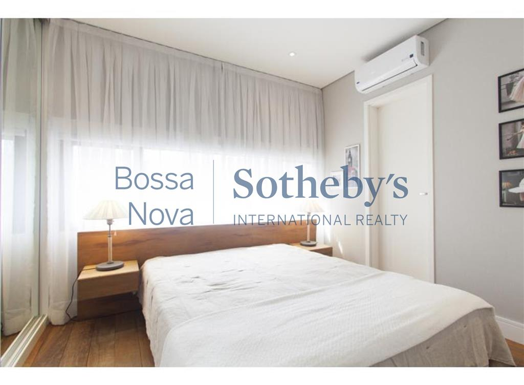 Excelente apartamento decorado na Vila Olimpia. Não perca esta oportunidade!