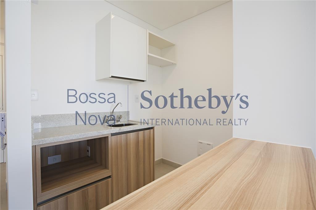 Apartamento  residencial para venda e locação, localizado no melhor centro financeiro de SP, Itaim, São Paulo.