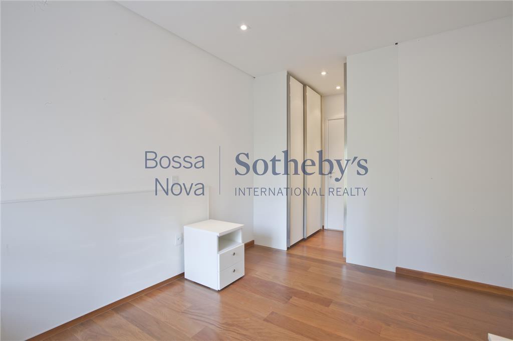 Apartamento  residencial para venda e locação, no coraçao do centro comercial de SP, Itaim, São Paulo.