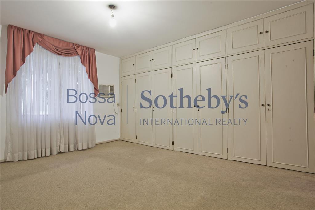 Casa com grande potencial para modernização
