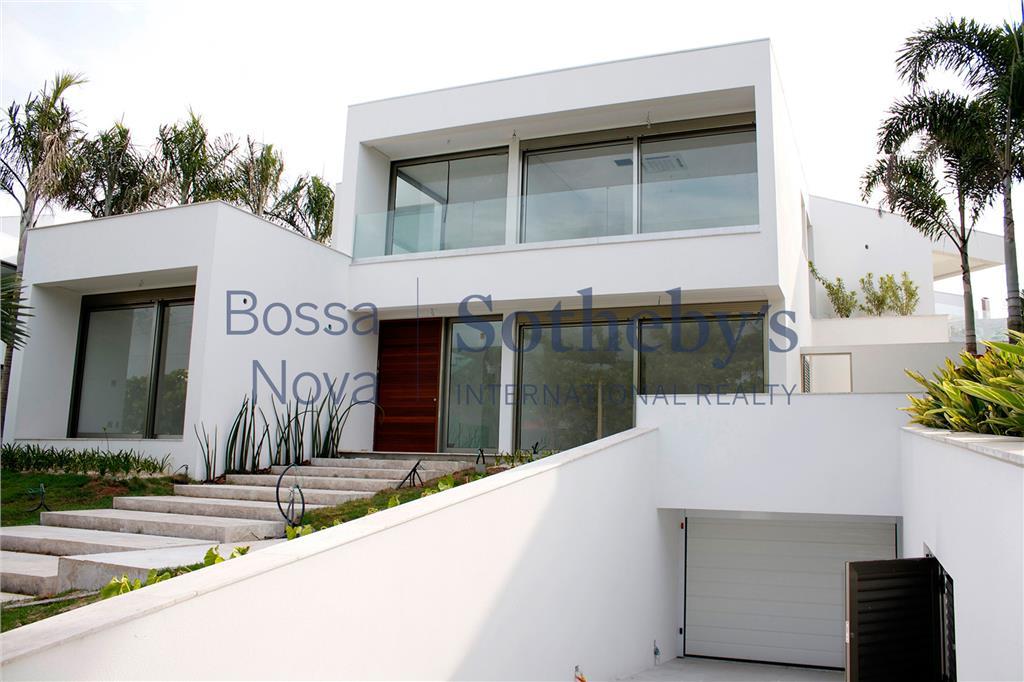 Propriedade de luxo recém construída