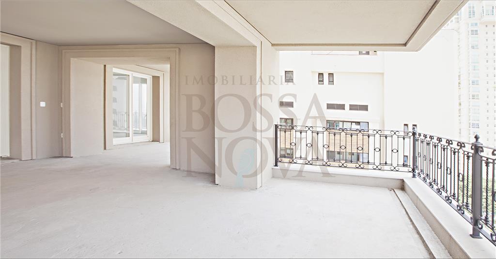Jardim Europa - Apartamento de Alto Padrão.