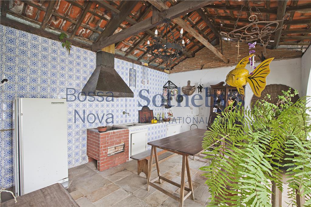 Casa de 5 dormitórios em Moema Índios, São Paulo - SP