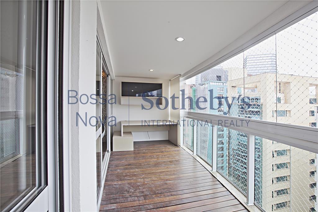 Apartamento residencial à venda, em excelente localização na Vila Olímpia!