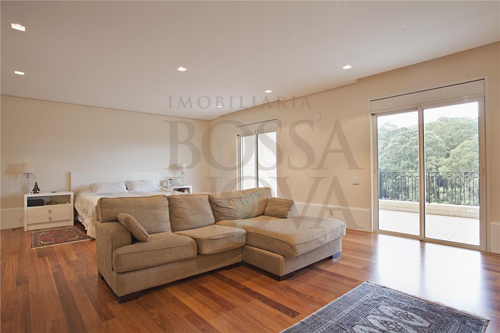 Altíssimo padrão, sofisticação e conforto com vista incrível !
