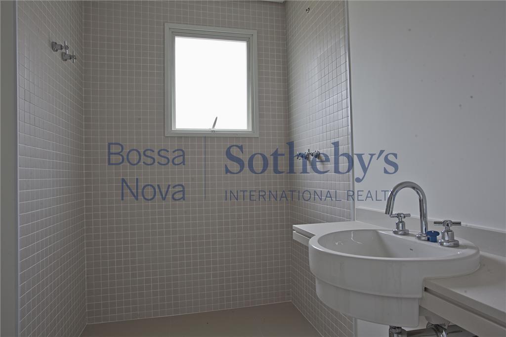 Apartamento de Alto padrão em localização cobiçada no  ITAIM NOBRE