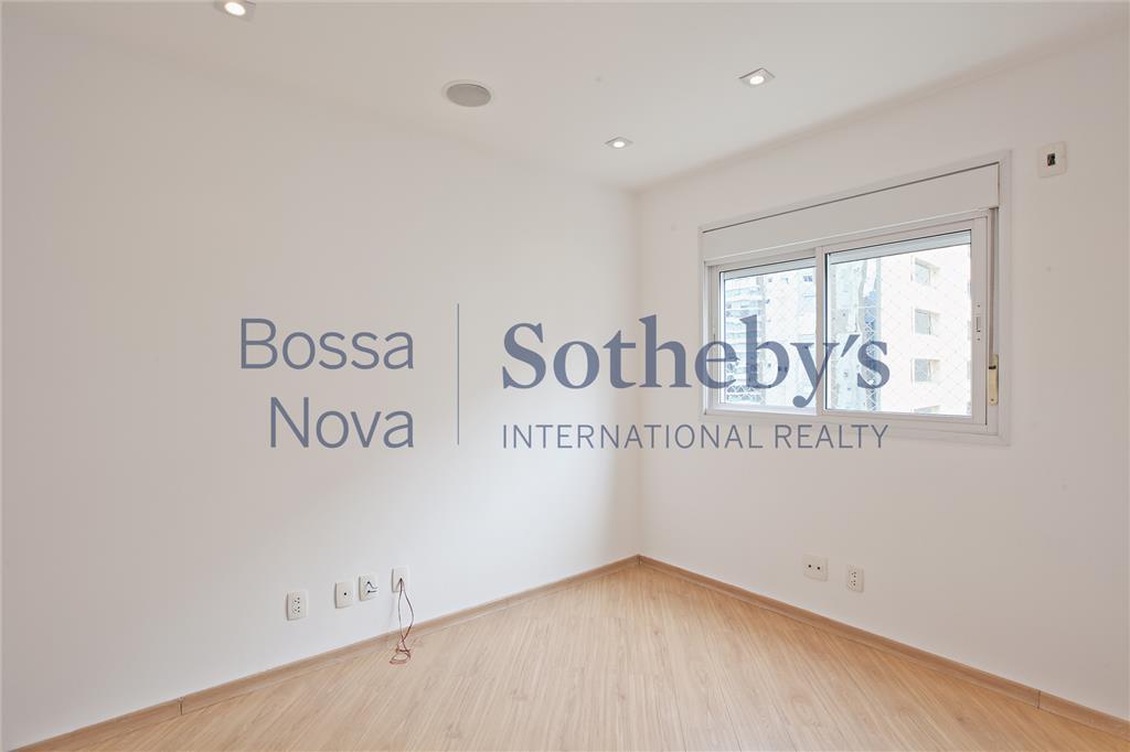 Apartamento  na Vila Olimpia à venda em localização privilegiada!