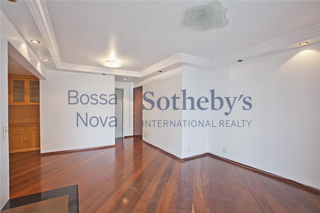 Apartamento  residencial à venda,  bem localizado em Moema!