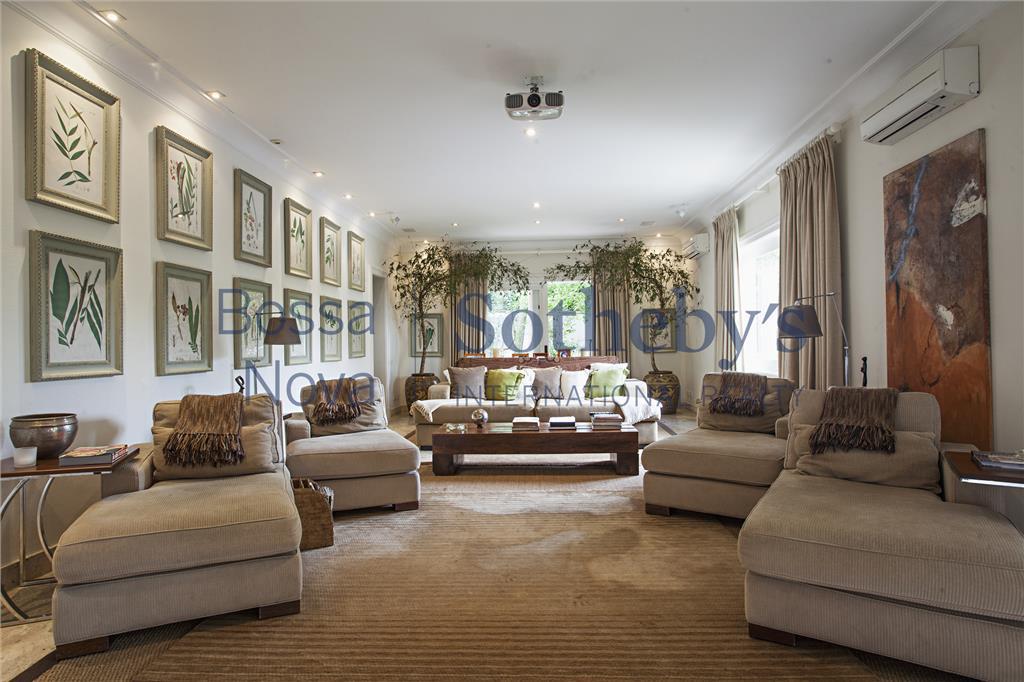 Mansão impecável em Cidade Jardim,luxo e conforto com segurança.