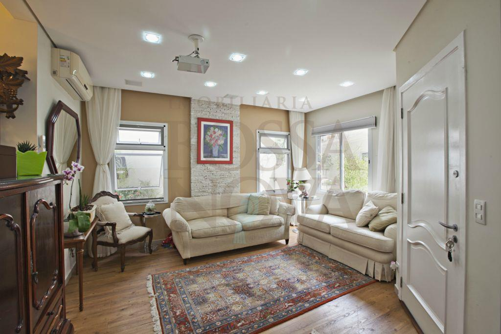 Casa charmosa e aconchegante em condominio