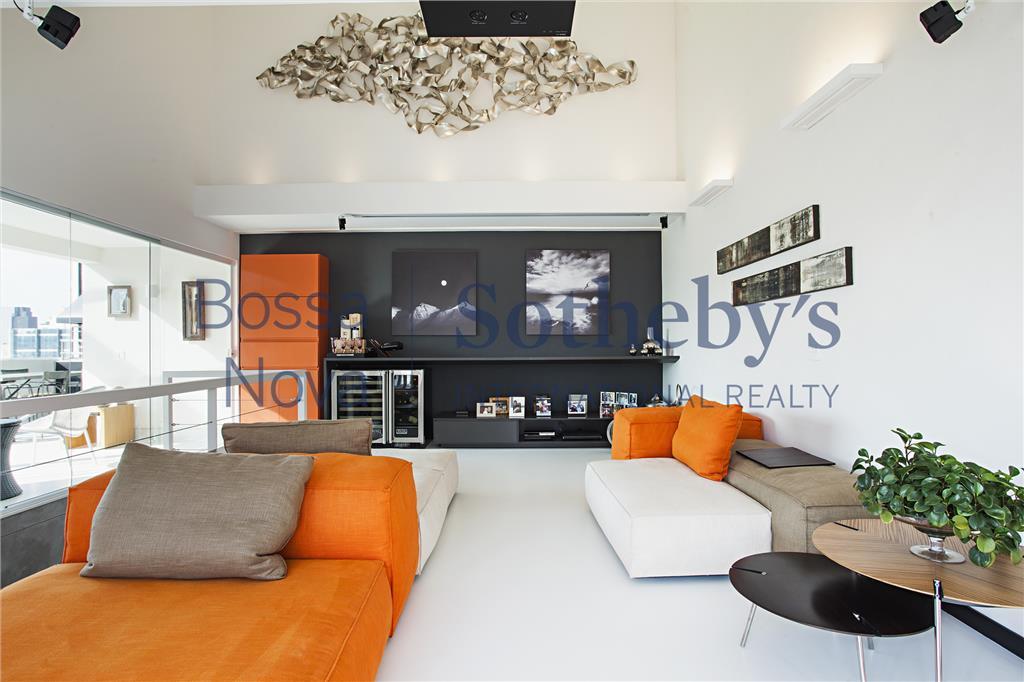 Duplex descolado ,para morar com muito estilo e personalidade !!!