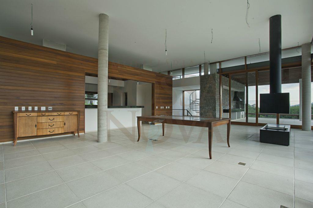 Casa nova na reserva do Engenho.