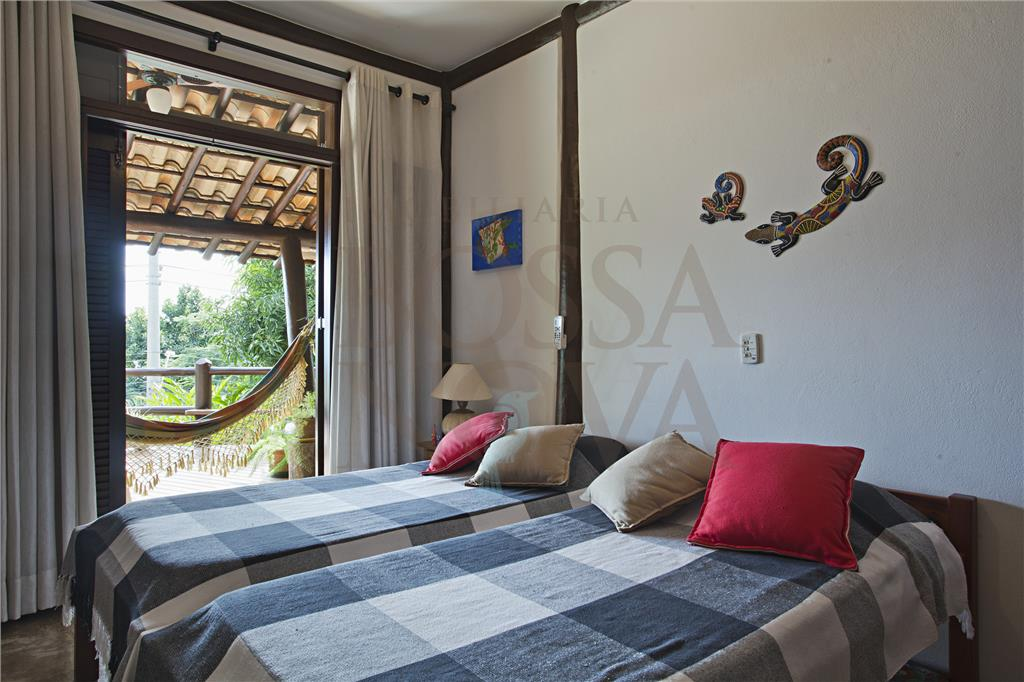Casa de 4 dormitórios em Ponta Azeda, Ilhabela - SP