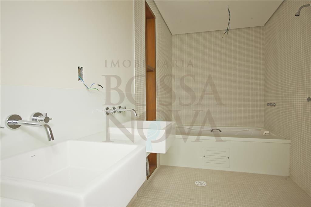 Casa de 4 dormitórios em Engenho D Água, Ilhabela - SP