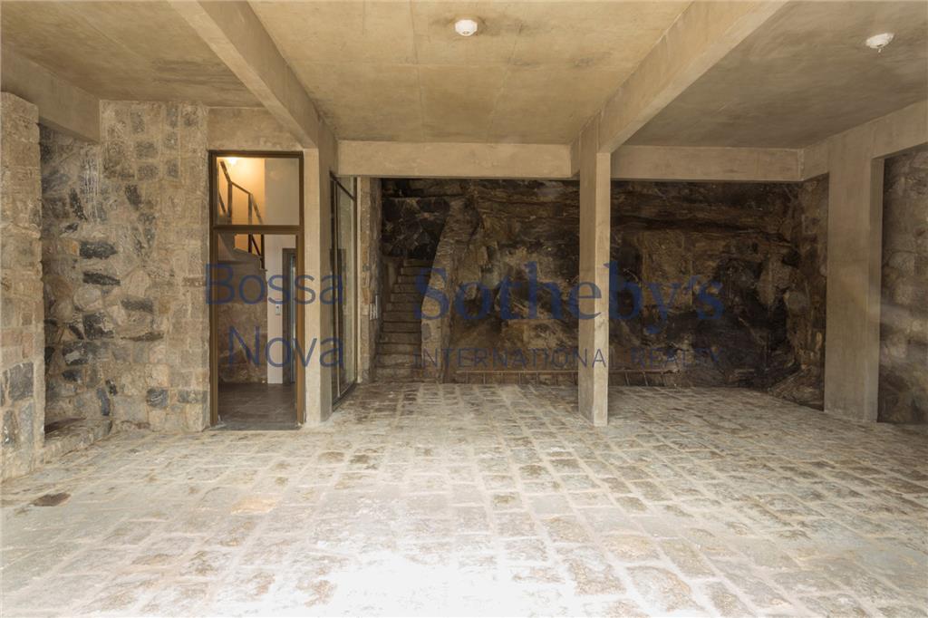 Casa de 6 dormitórios à venda em Condomínio Península, Guarujá - SP