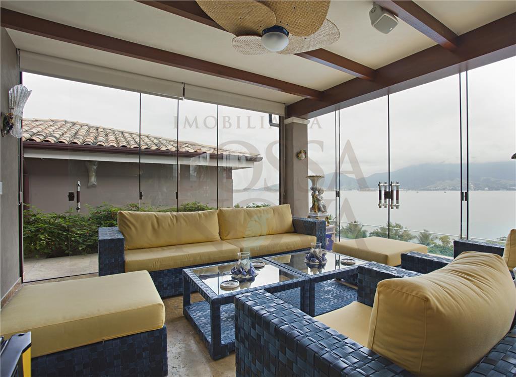 Linda mansão em Ilhabela na exclusiva Fazenda Engenho D´água.