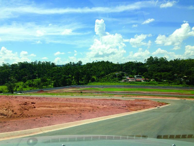 Terreno  residencial à venda, veneza, Mogi das Cruzes.financ