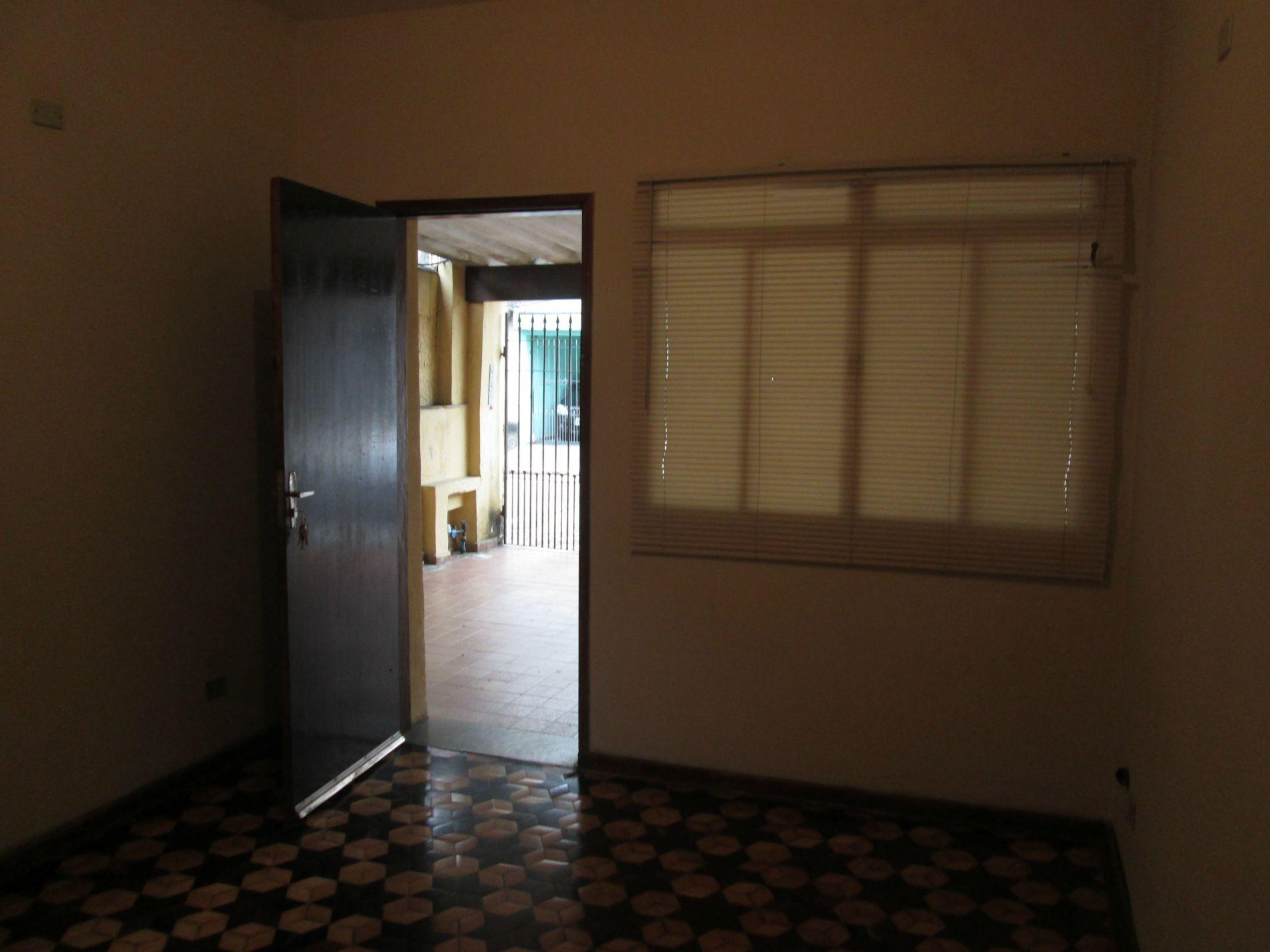 Casa para alugar por R$ 950 - Vila Dayse - S�o Bernardo do Campo