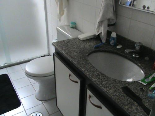 Flat em São Vicente - Serviços Inclusos - Itararé - FL0002.