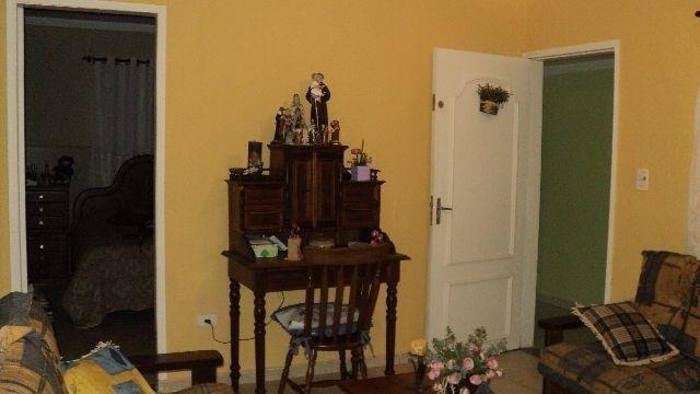 Mello Santos Imóveis - Casa 2 Dorm, Santa Maria