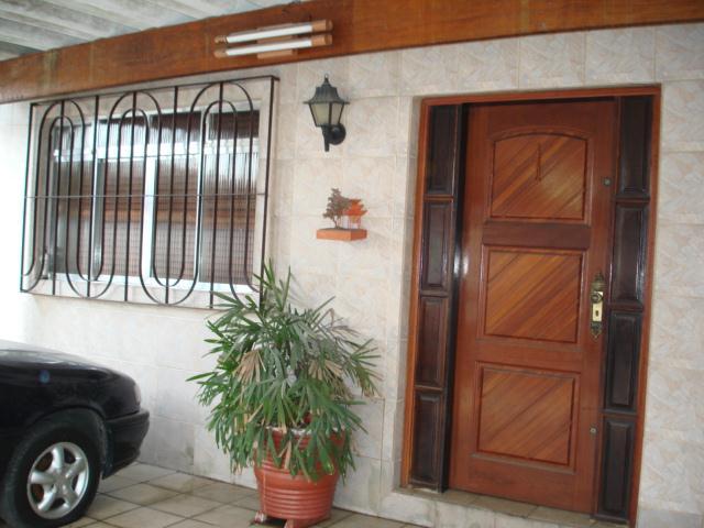 Mello Santos Imóveis - Casa 3 Dorm, Vila São Jorge