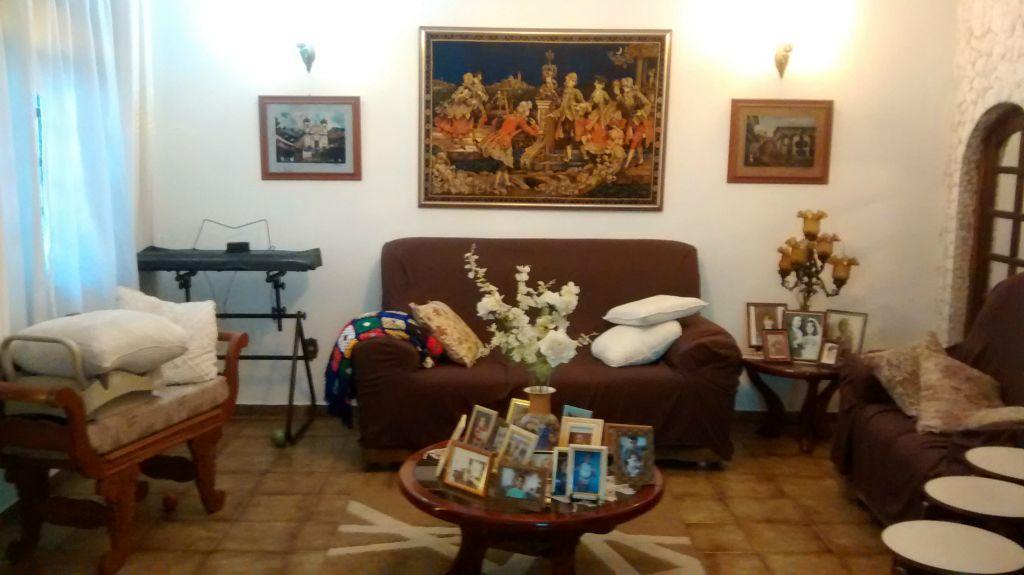 Mello Santos Imóveis - Casa 4 Dorm, Campo Grande