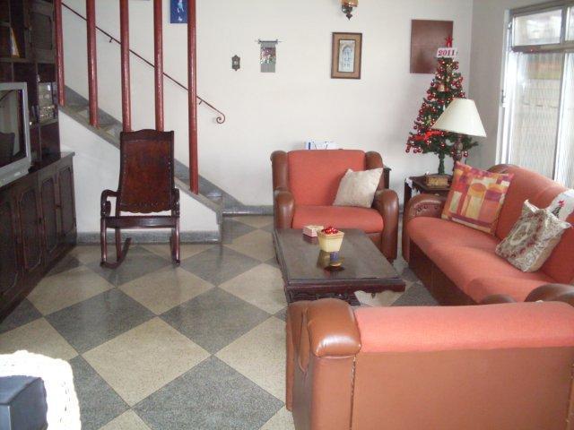 Mello Santos Imóveis - Casa 4 Dorm, Ponta da Praia