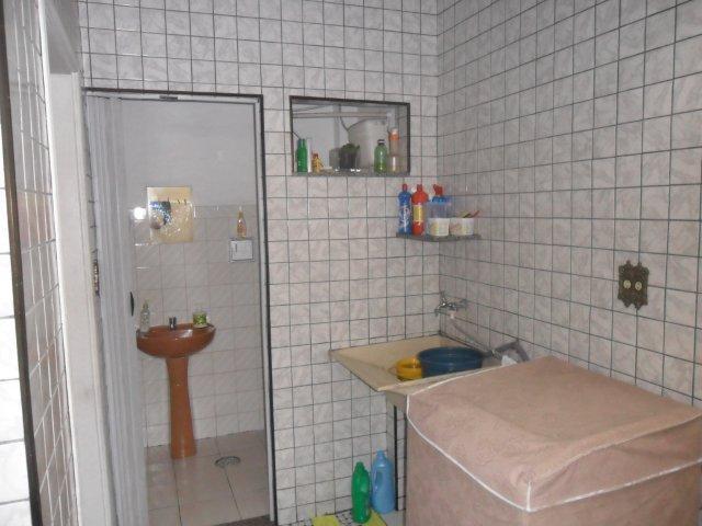 Mello Santos Imóveis - Casa 3 Dorm, Areia Branca - Foto 2