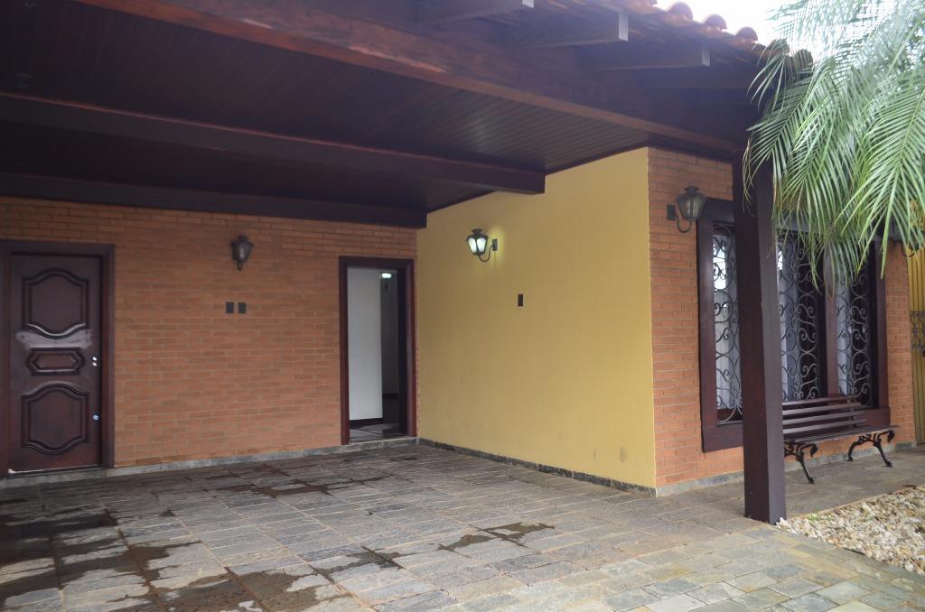 Maravilhosa Casa no Jardim Magnólia na região do Jardim Auré...