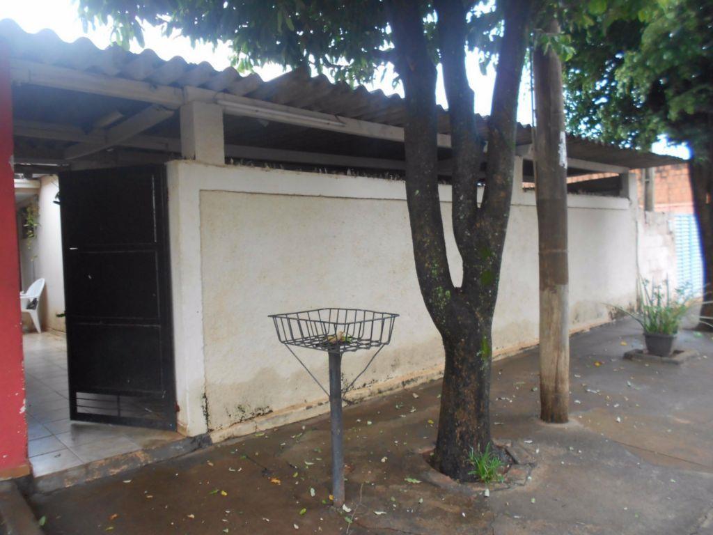 Casa residencial à venda, Santa Terezinha, Barretos.
