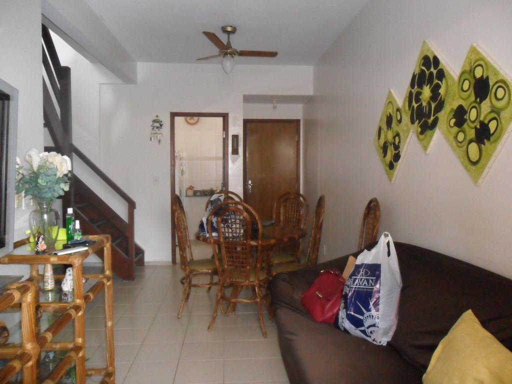 Cobertura em São Bento  -  Cabo Frio - RJ