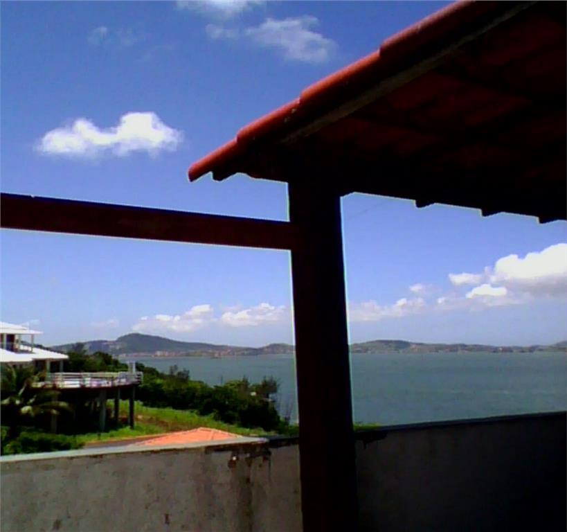 São Pedro da Aldeia RJ - Cobertura à venda