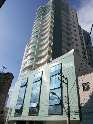 Apartamento 3 dormitórios, sendo 1 suíte e 2 demi suítes. de Webbimóveis.'