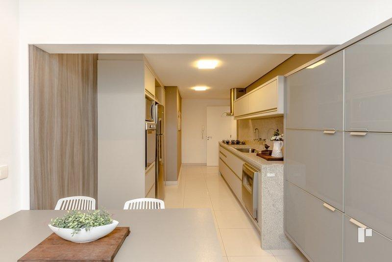 Apartamento residencial à venda, Barra Sul, Balneário Cambor de Webbimóveis.'