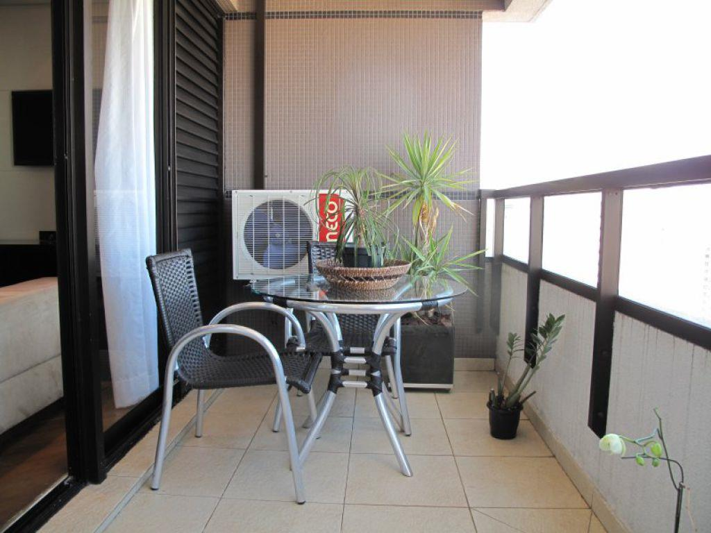 Apartamento de 3 dormitórios em Pinheiros, São Paulo - SP
