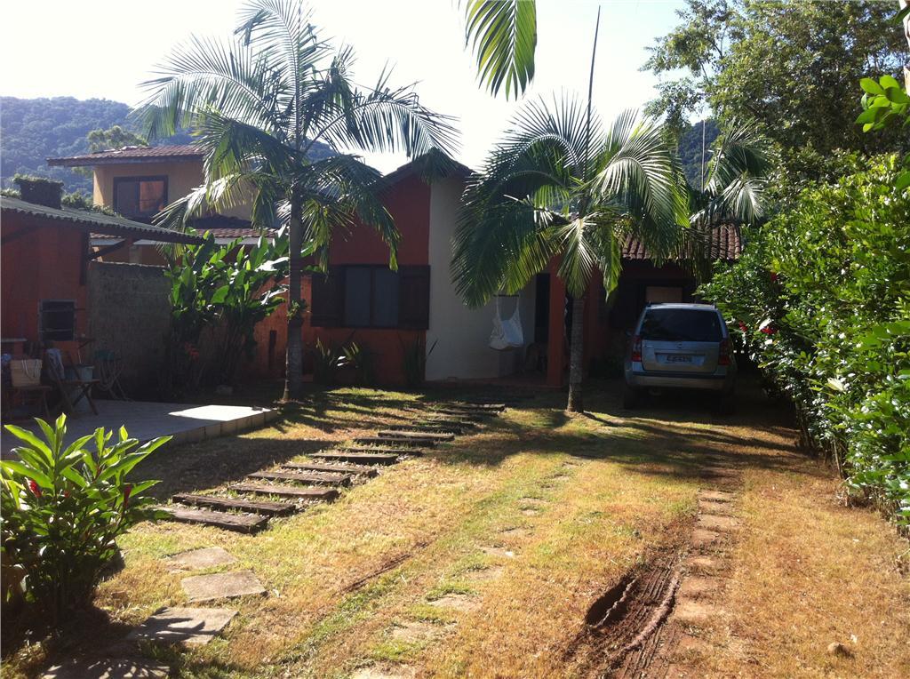 Casa em Boiçucanga, 4 suítes, piscina, 4 vagas -