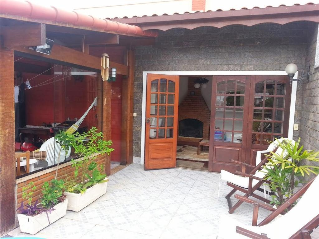 Cobertura à venda em Teresópolis, Barra do Imbuí