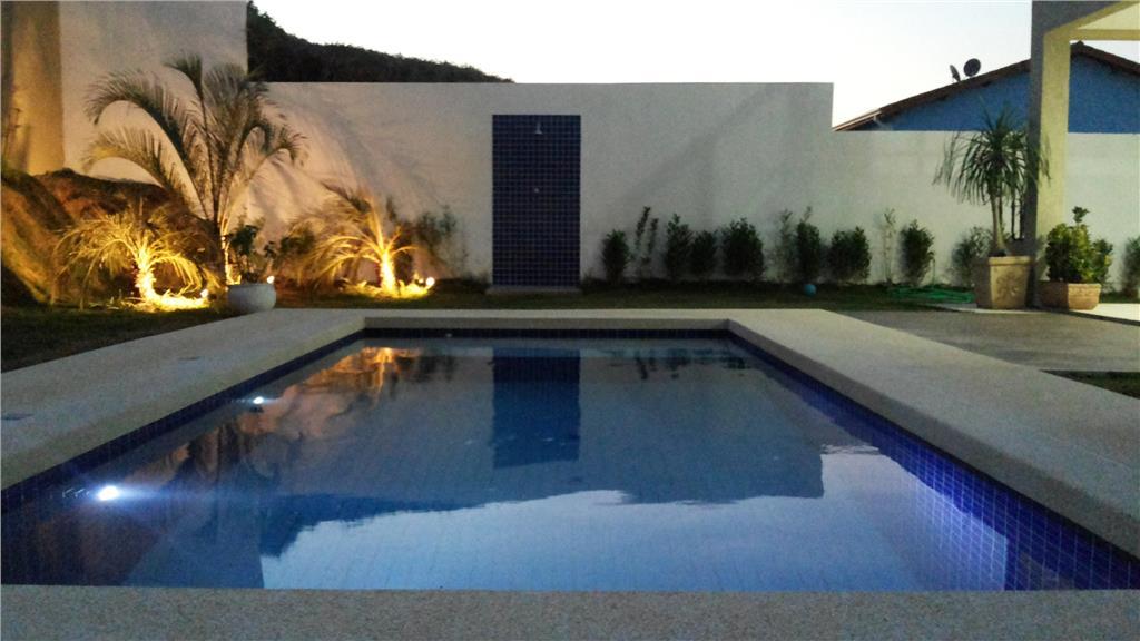Casa residencial à venda, Vintage, Granja Viana. de Terra Granja Viana Imobiliária.'