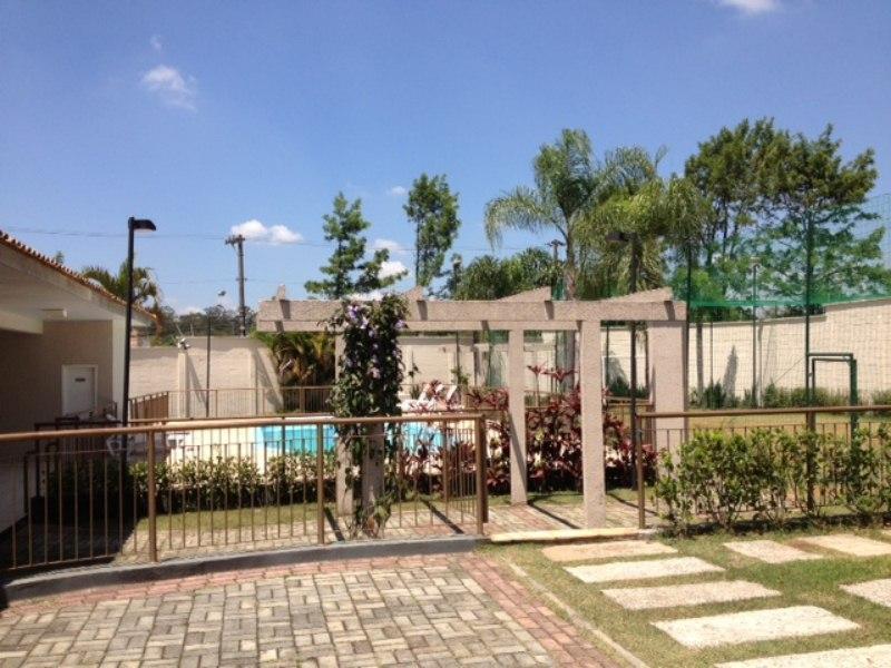Casa em Condomínio Fechado na Granja Viana,