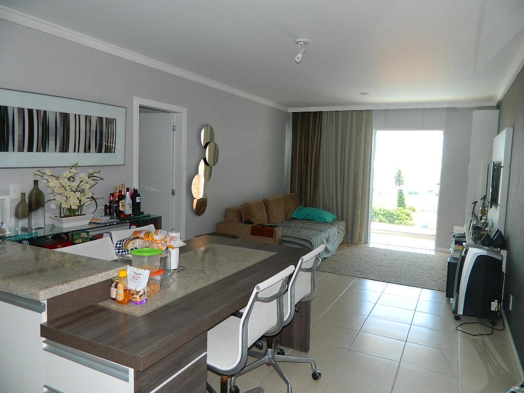Lindo apartamento de 3 dormitórios sendo 1 suíte, 2 vagas de de Real MAP Imóveis.'