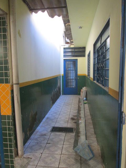 Barracão à Venda - Jardim São Guilherme