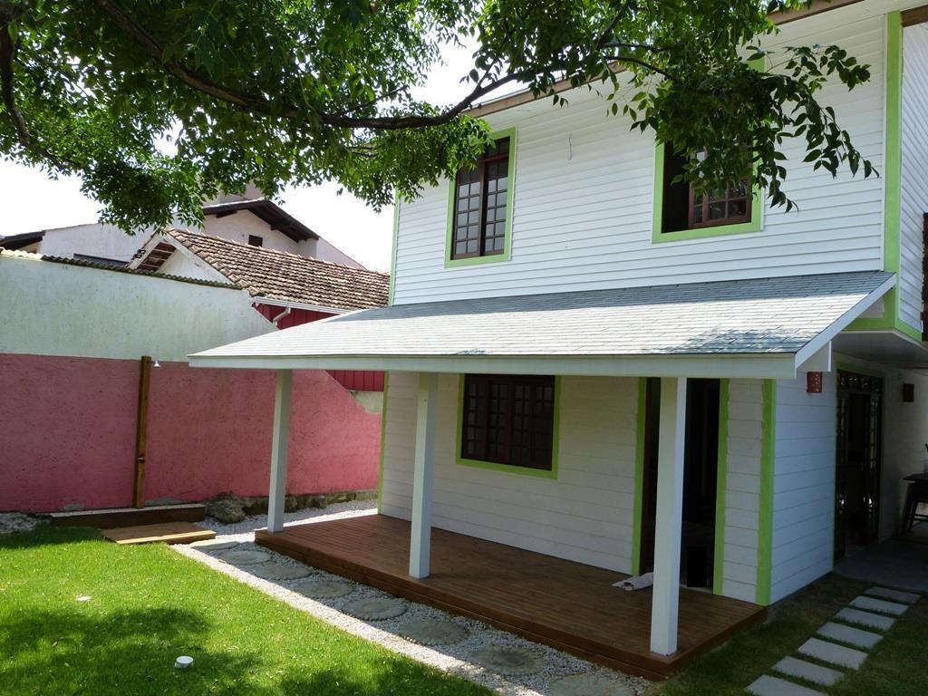 Casa em woof frame, sustentável no Campeche!