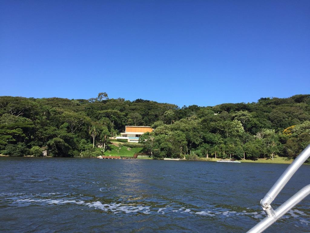 Terreno com 12.800 m² no Canto da Lagoa!