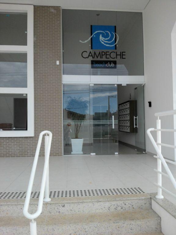 Ótimo apartamento de 03 dormitórios no Campeche !!