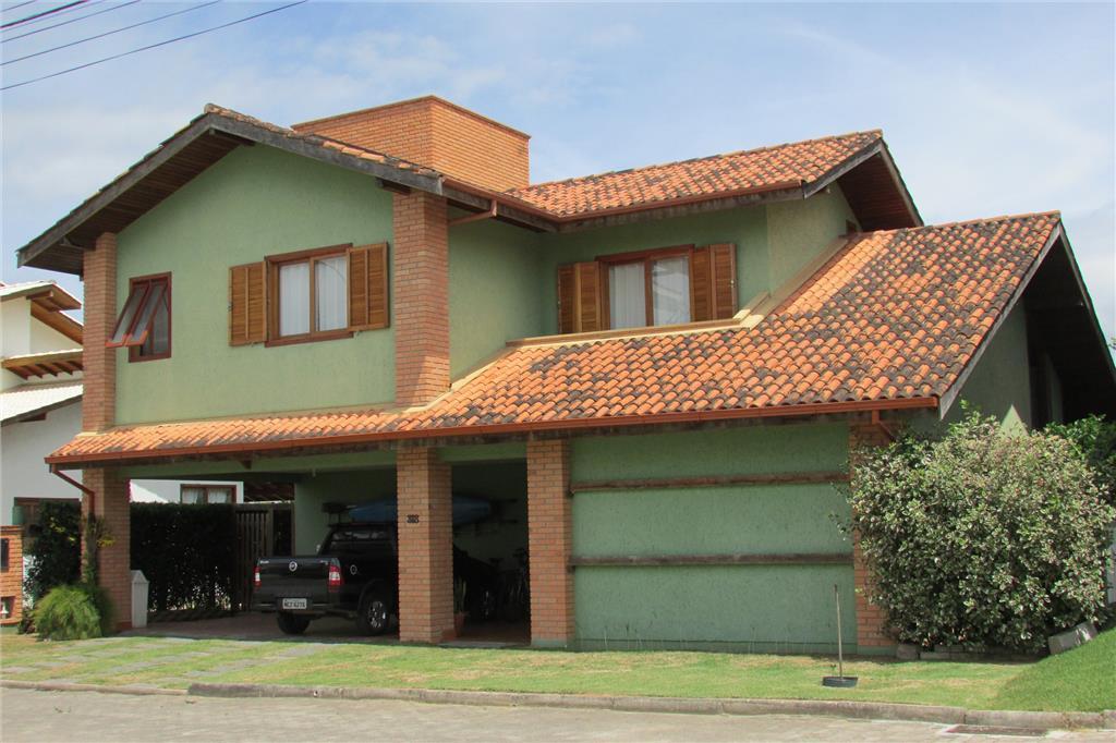 Residência em condomínio fechado no Campeche
