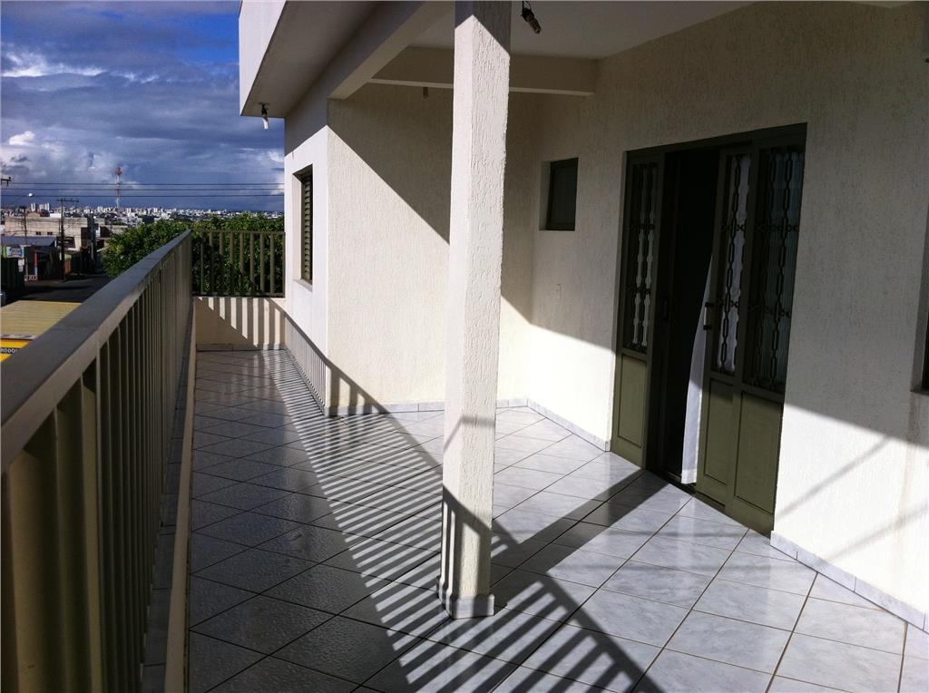 Sobrado residencial à venda, Tubalina, Uberlândia - SO0016.