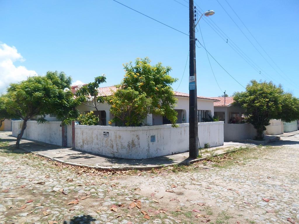Casa / Sobrado à Venda - Caucaia