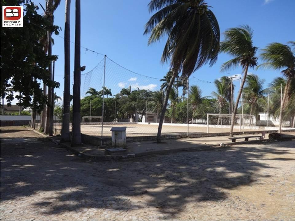 Terreno à Venda - Parangaba