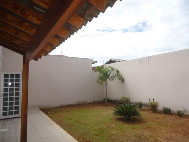 Casa residencial à venda, Jardim Nenê Gomes, Uberaba - CA068