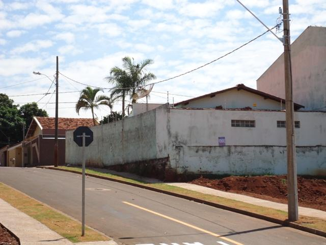 Casa residencial à venda, Santa Marta, Uberaba.